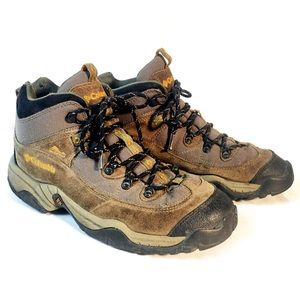 Columbia Trail Meister Hiking Boots